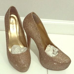 Shimmery gold heels